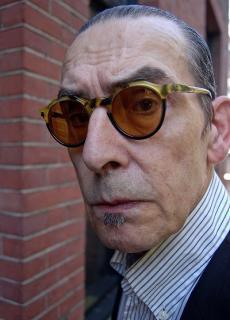 Jules Deelder: 'Humor is eigenlijk je kijk op het leven; ik zou niet anders kunnen zien.'
