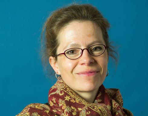 17 jaar Taalunie: vertrekkend afdelingshoofd Maya Rispens kijkt terug en vooruit